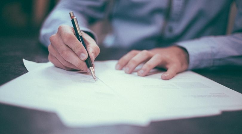 write a detailed lease agreement